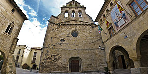 Plaza de la iglesia de Horta de Sant Joan