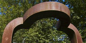 Arco de la libertad en Chillida Leku